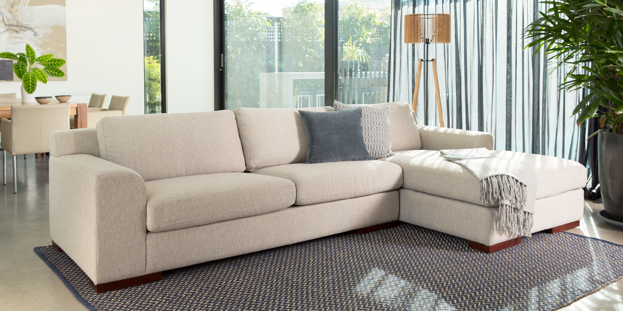 Colt 2 Amp 3 Seater Sofas Plush Sofas Amp Furniture