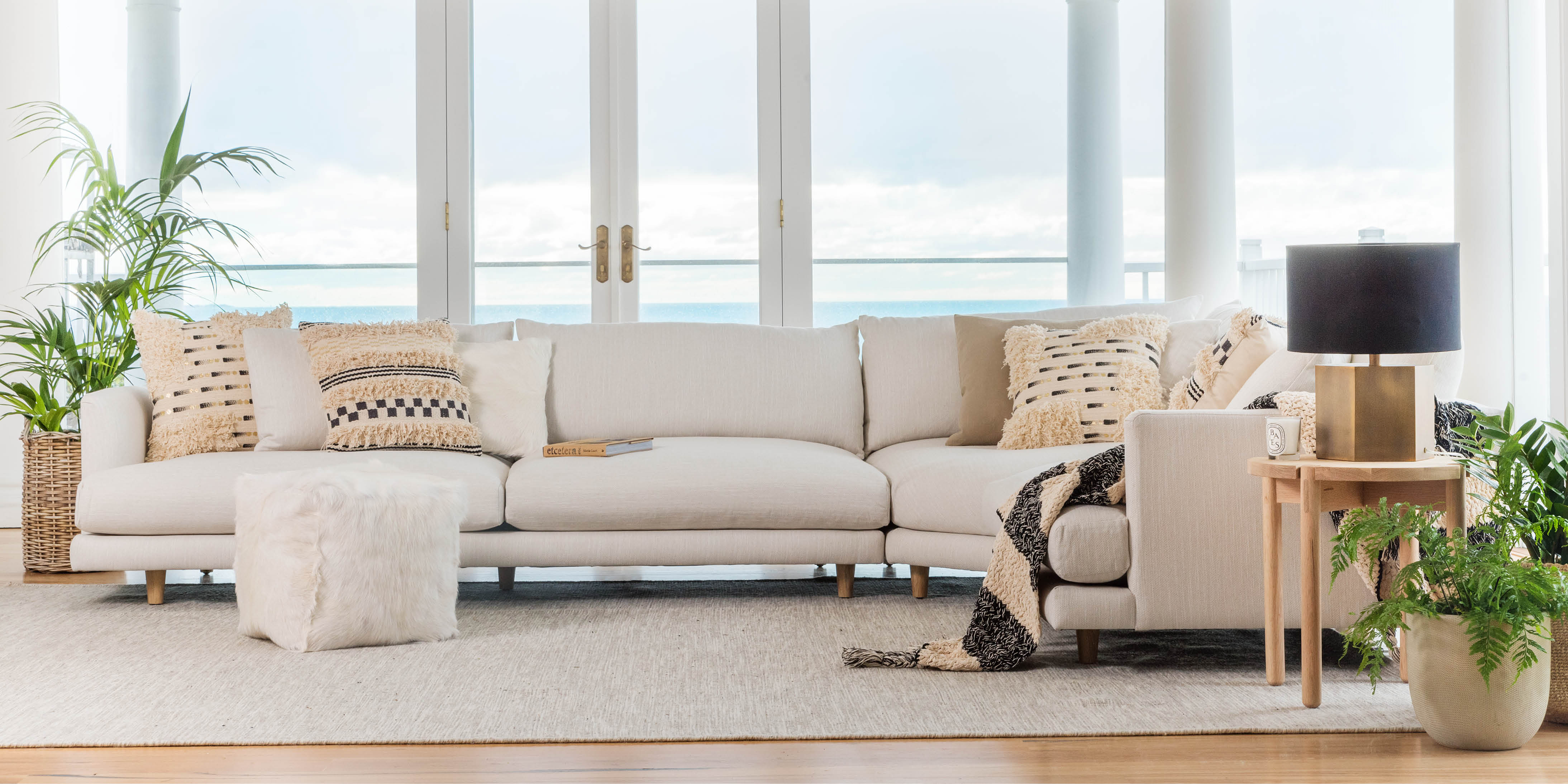 Santa Monica Ottoman Plush Sofas Amp Furniture