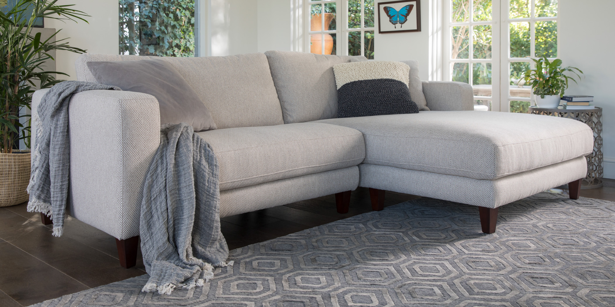 Zara Petite Sofa Plush Sofas Amp Furniture