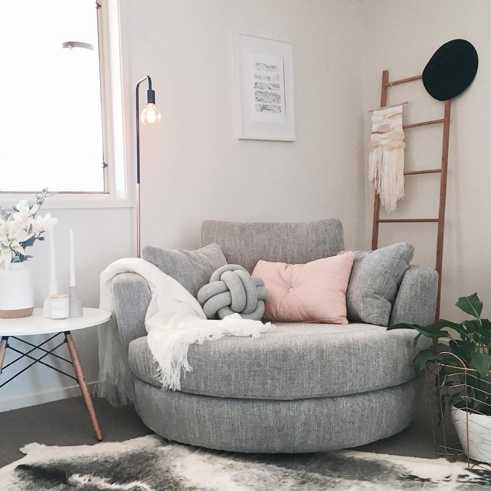Bon How To Style Your Snuggle® Chair: Three Ways With Jayde.Style